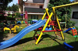 Dom Wczasowy Miłosz Jastrzębia Góra Plac zabaw dla dzieci