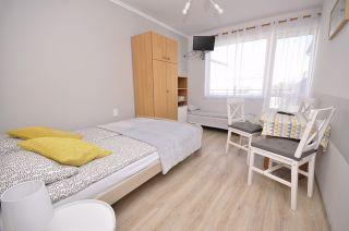 Pokoje Gościnne DORIS Władysławowo pokój 3 osobowy z łazienką i balkonem
