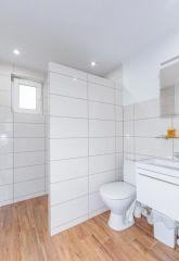 Apartament MEDUZA Władysławowo łazienka w pokoju 3 osobowym