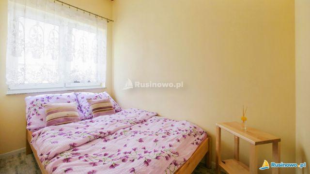 Domki Letniskowe RODZINNE RUSINOWO Rusinowo sypialnia- apartament