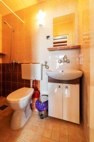 Dom Wypoczynkowy GOGA Jastrzębia Góra pokój nr 6 - łazienka