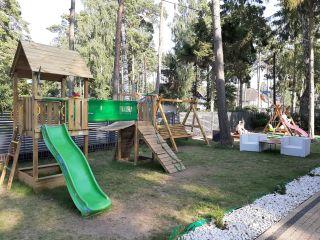 Domki 8 DĘBÓW Pobierowo Nowy plac zabaw