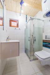 Domki 8 DĘBÓW Pobierowo 8 osobowe łazienki