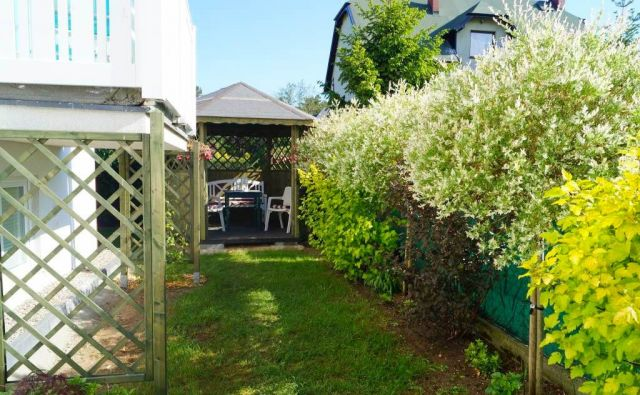 Willa DI MARE Karwia altana ogrodowa