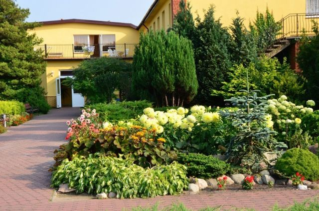 Ośrodek Wczasowy DIANOLA Darłówko wejście do budynku głównego