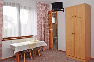 Pokoje Gościnne JANTAR Ostrowo Pokój nr 1