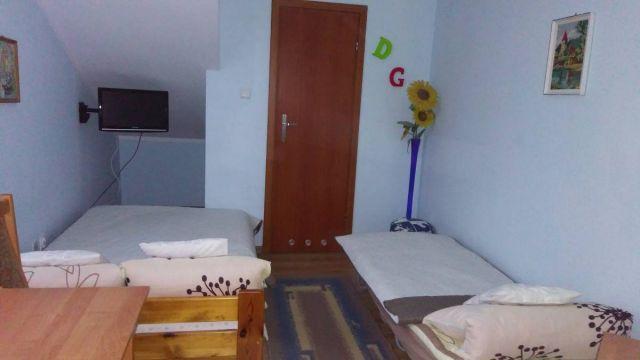 Pokoje i apartamenty U GERARDA Darłówko pokój nr 4 z łazienką 2-3 osobowy (dostawka)