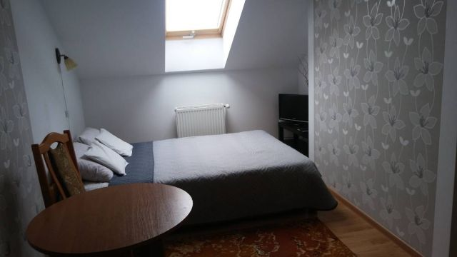 Pokoje i apartamenty U GERARDA Darłówko pokój nr 6 z łazienką 2-3 osobowy (dostawka)