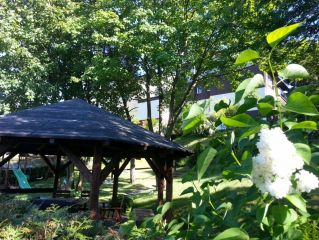 Dom Wypoczynkowy ABAL Jastrzębia Góra OGRÓD