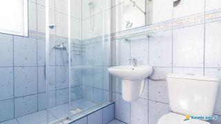 Pokoje i Apartamenty AQUA Karwia łazienka w 7