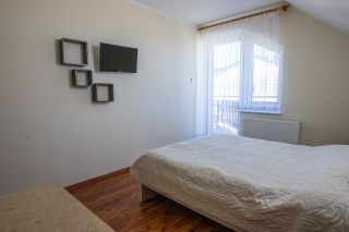 Pokoje i Apartamenty AQUA Karwia 6