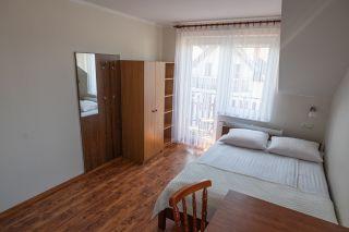 Pokoje i Apartamenty AQUA Karwia 7