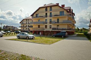 Apartament MORSKI PORANEK Karwia Budynek z zewnątrz.