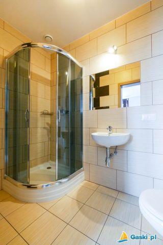 Pokoje i Domki BIAŁA PLAŻA Gąski łazienka