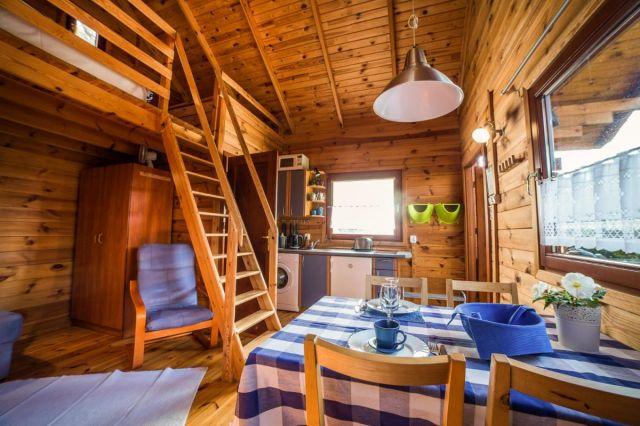 Domki Drewniane Całoroczne PLEJADY Dźwirzyno Domek 4 osobowy mniejszy