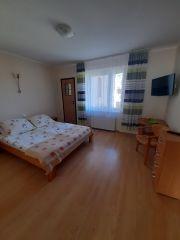 Pokoje Gościnne DALIA Karwia apartament-sypialnia