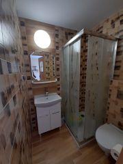 Pokoje Gościnne DALIA Karwia pokój nr 5- łazienka