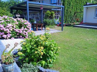 WILLA EMILIA Jastrzębia Góra Miejsce wypoczynku w ogrodzie