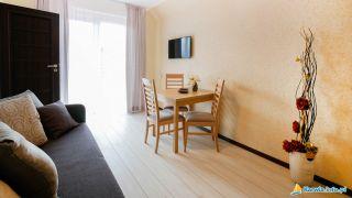 Apartamenty, Domki i Pokoje ALEXANDRIA z basenem Karwia