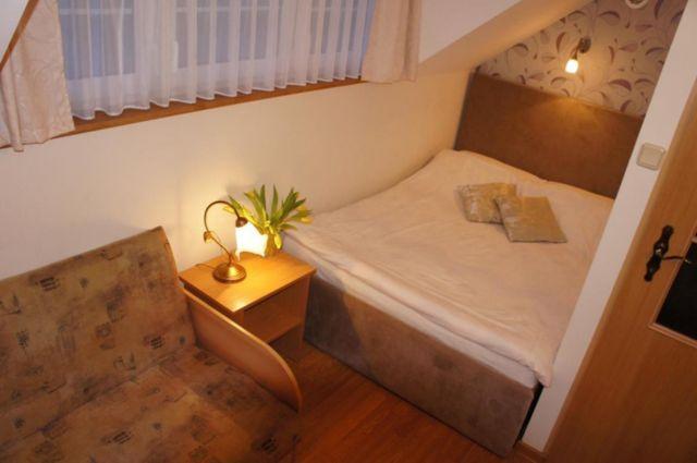 Domki DĘBINKA Dębina sypialnia z dostawką