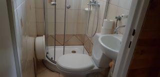 Dom Letniskowy Bliźniak w Rowach Rowy Dom zachodni - łazienka pok. 4-os