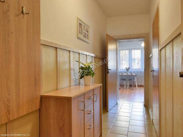 """Apartamenty i Pokoje GAZDA Karpacz Apartament  """"3"""" /przedpokój"""
