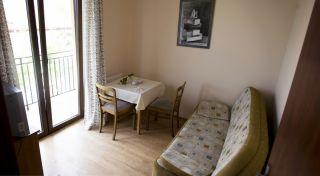 Pokoje Gościnne STOKROTKA Karwia Pok. 5-os pomieszczenie 2