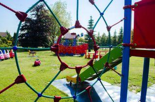 Ośrodek Wczasowy RAFA Rowy plac zabaw
