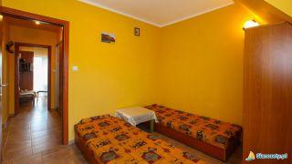Dom Wczasowy TASMANIA Sianożęty Pokój podwójny 2+3