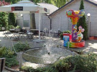 Domki i Pokoje PLAŻA KLUB Dziwnów Ogródek kawiarniany