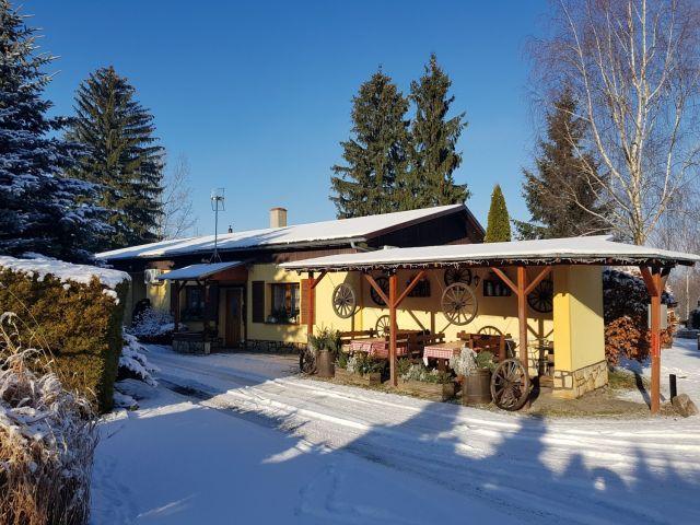 Domki AGRO RANCHO Podgórzyn k/Karpacza bungalow pokoje
