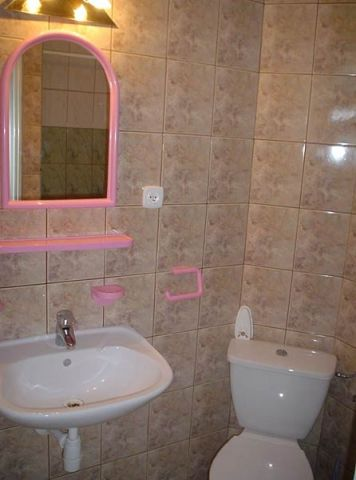 Dom Wczasowy HELIOS Chłapowo łazienka