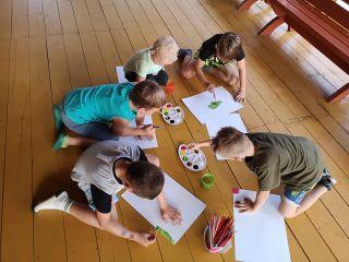 Ośrodek Wypoczynkowy Oliwia  Dźwirzyno W czasie deszczu dzieci się nudzą