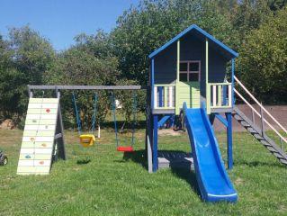 Domki Letniskowe U ANETTY Gąski Plac zabaw dla dzieci