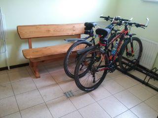 Apartament i Pokoje AVANTI Krynica-Zdrój Miejsce na rowery