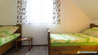 Domki LEŚNA CHATA Jarosławiec Sypialnia  na piętrze 2+1