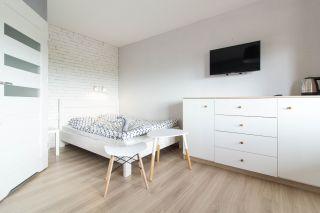 Pokoje i Apartamenty ZŁOCISTE ZACISZE Bobolin Pokój 3 osobowy