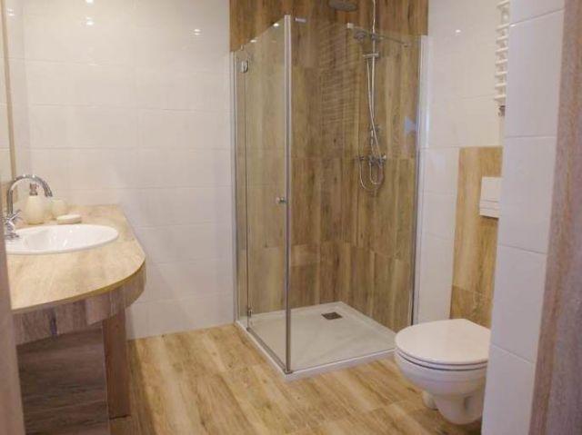 APARTAMENT  130 Darłówko przestronna łazienka