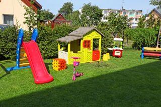 Pokoje FREGATA Dąbki Plac zabaw