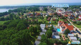Pokoje FREGATA Dąbki Lokalizacja 400m do Jeziora Bukowo