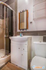 Pokoje i apartamenty KANTORÓWKA  Cieplice Pokój 3 - osobowy (łazienka)