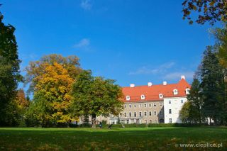 Pokoje i apartamenty KANTORÓWKA  Cieplice pałac Schaffgotchów