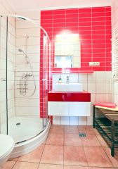 Pokoje i apartamenty KANTORÓWKA  Cieplice Apartament 3 pokojowy- łazienka