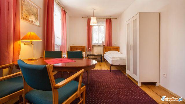 0 Pokoje i apartamenty KANTORÓWKA w Cieplicach Cieplice