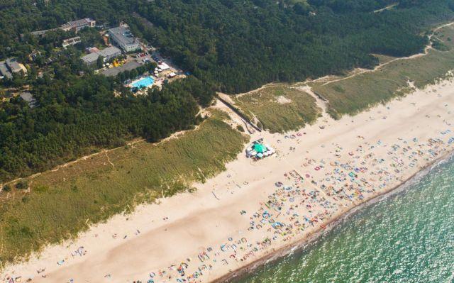 Centrum Zdrowia i Wypoczynku JANTAR Darłówko Położenie przy plaży