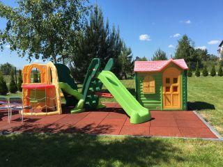 Apartamenty Kolorowe Domki DeLuxe  Jastrzębia Góra Plac zabaw