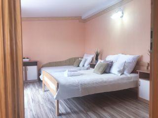 Pokoje i Apartamenty KAROL Karwia apartament nr 3