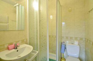 Pokoje i Apartamenty KAROL Karwia łazienka apartament nr.3