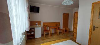 Pokoje i Apartamenty KAROL Karwia pokój nr 2
