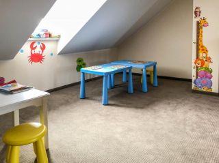 Domki Apartamentowe FULAY Premium Karwia sala zabaw